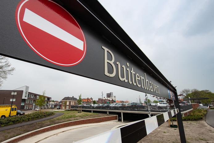De parkeergarage Buitenhaven in Kampen.