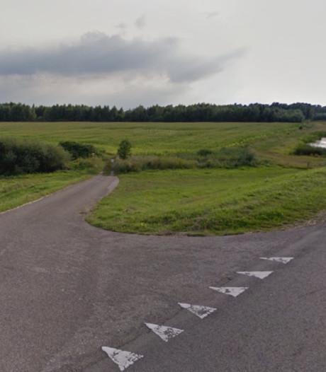 Overbetuwe: auto te gast op de nieuwe Waaldijk