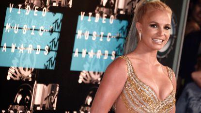 Britney Spears eindelijk weer thuis na opname in kliniek