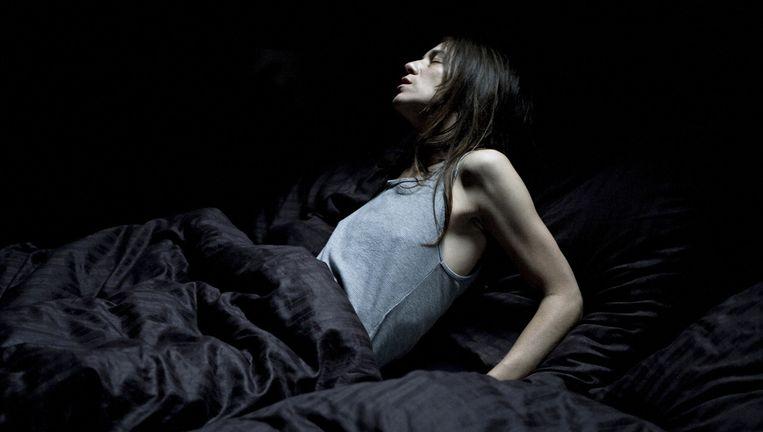 """Charlotte Gainsbourg in 'Antichrist'. """"Te gewelddadig, te seksueel expliciet"""", oordeelt de Franse filmkeuring."""