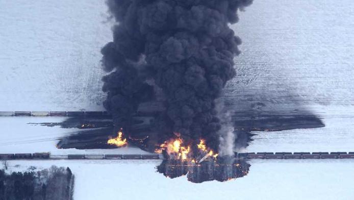 Twee weken geleden was het een trein vol ruwe olie die in de staat North Dakota ontspoorde en vervolgens explodeerde.