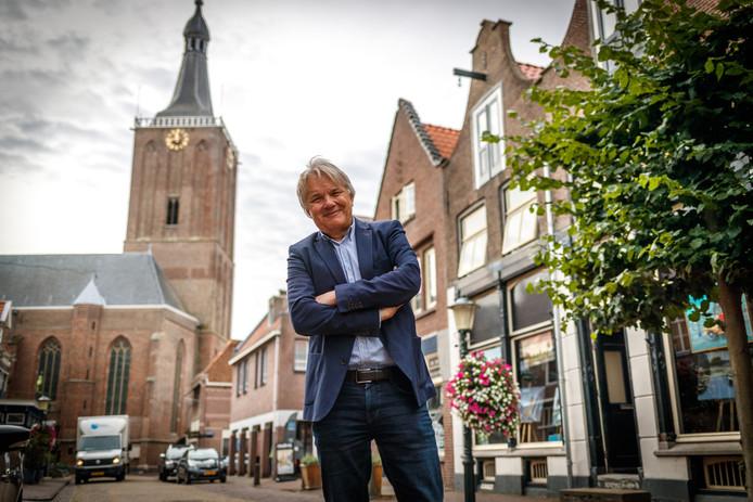 Centrummanager Eduard Plate in de Hoogstraat in Hasselt.