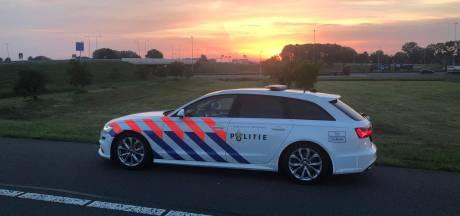 Dronken, geen rijbewijs, geen apk, niet verzekerd: man moet auto inleveren