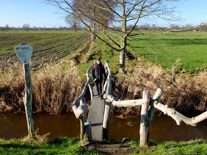Er zijn al meer dan honderd klompenpaden in Nederland.
