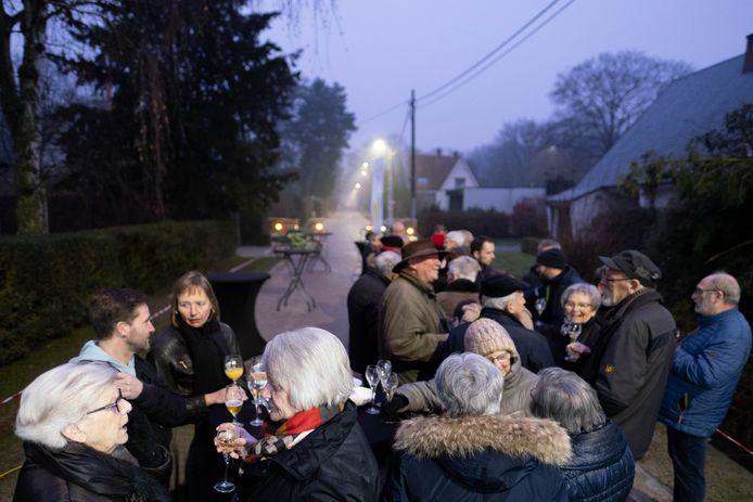 Feest voor de bewoners van de Beukendreef, Netestraat en Fermerijstraat: ze kregen een gescheiden riolering en een nieuwe bovenbouw