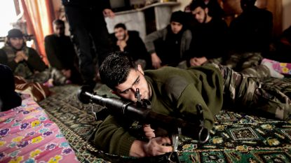 Nederlands ministerie geeft per ongeluk top-secret namen van Syrische strijdgroepen aan media