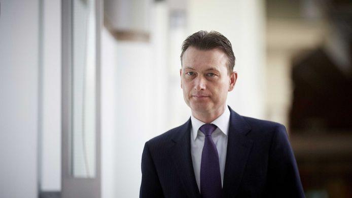 VVD-fractievoorzitter Halbe Zijlstra reageerde op het opstappen van minister Ivo Opstelten en staatssecretaris Fred Teeven voorafgaand aan de fractievergadering in de Tweede Kamer