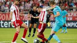 LIVE. Jan Vertonghen begaat penaltyfout, Valbuena maakt gelijk vanop de stip
