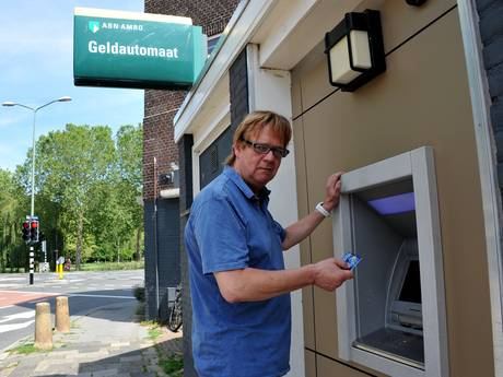 Pinautomaat slikt 1000 euro en Guido wacht nog steeds op zijn geld: 'Ik word elke dag zenuwachtiger'