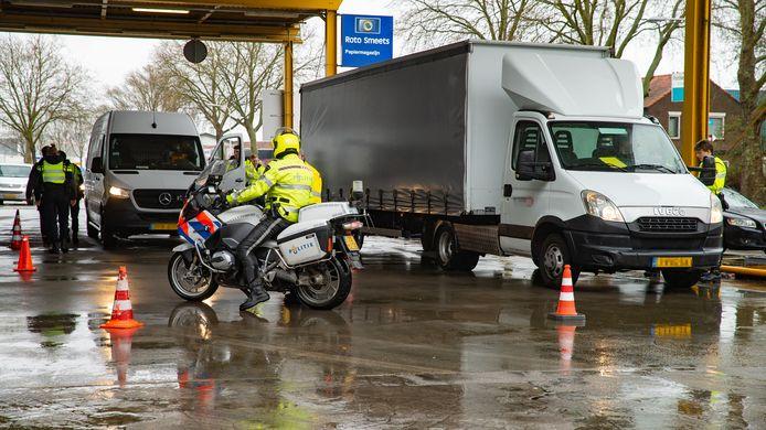 Bij Roto Smeets in Deventer vond afgelopen week een grote verkeerscontrole plaats.