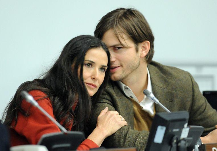 Ashton Kutcher bedroog Demi Moore toen ze hun zevende huwelijksverjaardag zouden vieren.