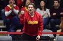 Après avoir fait office de sparring partner durant la semaine, Kim Clijsters est aussi présente, en tribunes, pour soutenir l'équipe belge.