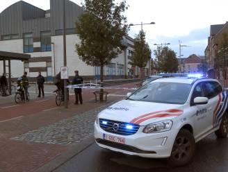 Arrestatie loopt uit de hand: agente zwaargewond na val met hoofd tegen de muur