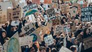 Het debat: mogen scholen leerlingen verplichten om deel te nemen aan klimaatmars? Dit is jullie mening