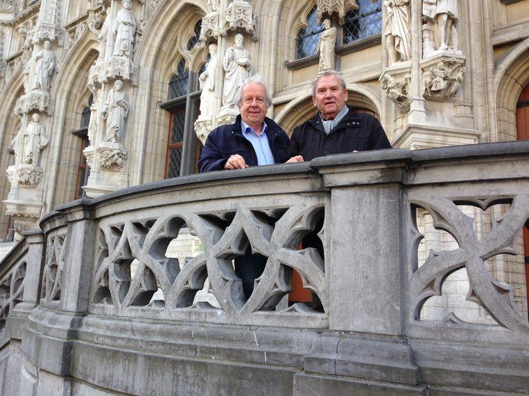 Fred Brouwers en Hugo Symons betreuren dat 't Leives stilaan naar de achtergrond verdwijnt.