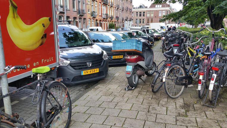 'De fietsen staan niet hinderlijk' Beeld Bart Nooij