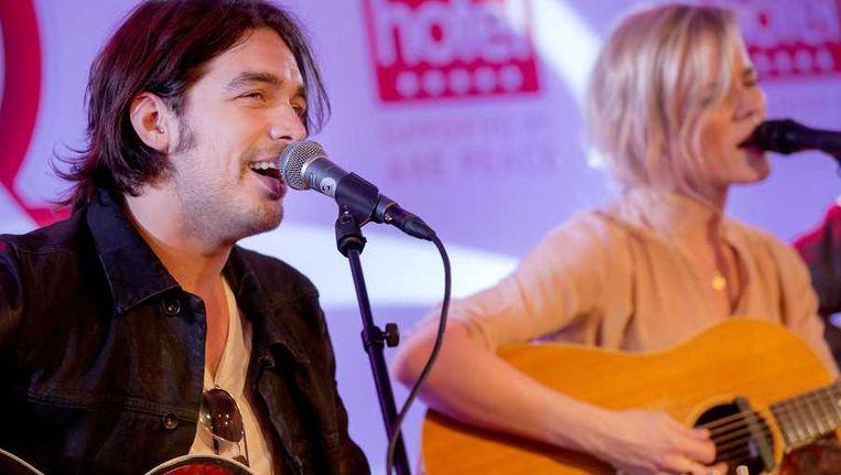 Het Nederlandse Songfestivalduo Ilse DeLange en Waylon. Beeld anp