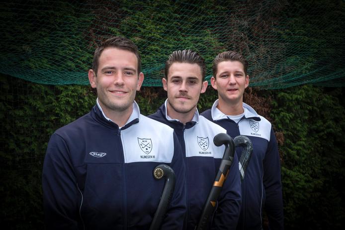 Volgend seizoen clubgenoten bij NMHC. Vanaf links: Pieter-Bas Noverraz, Adam Le Page en David Blom.
