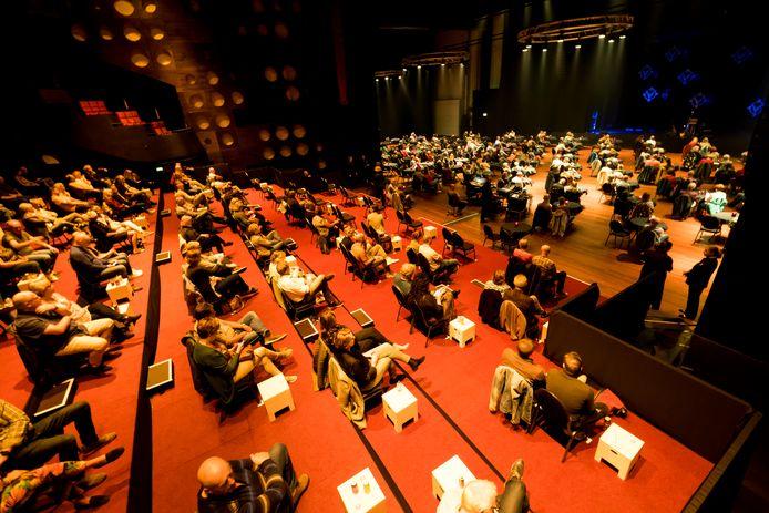 Het Wilminktheater in Enschede tijdens een eerdere voorstelling met coronamaatregelen.