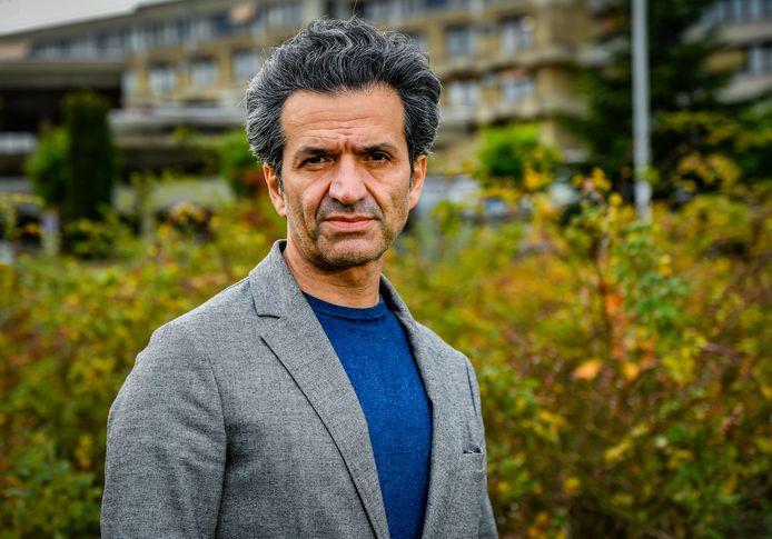 Professor kankerchirurgie Baki Topal van het UZ Leuven