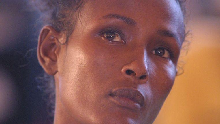 Voormalig topmodel Waris Dirie werd als kind zelf het slachtoffer van een besnijdenis en voert al jarenlang campagne tegen het fenomeen. Beeld Getty