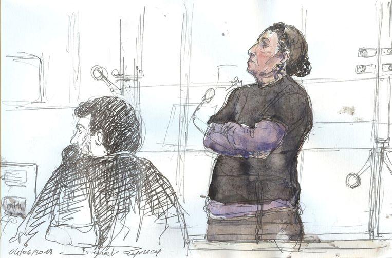 Een rechtbankschets van Christine Rivière (52), ook wel bekend als 'Mamie jihad'