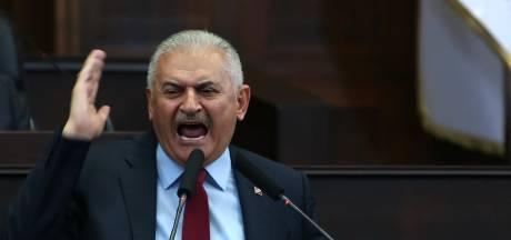 Turkse politici voor het eerst sinds Erdogan live in debat