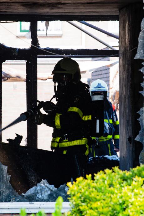 Drama voor Tilburgs gezin nadat zoon frietpan aanzet: woning verwoest door brand