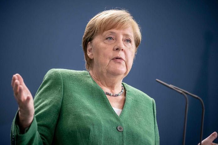 De regering van Angela Merkel wil het verbod op grote bijeenkomsten verlengen tot het einde van het jaar.