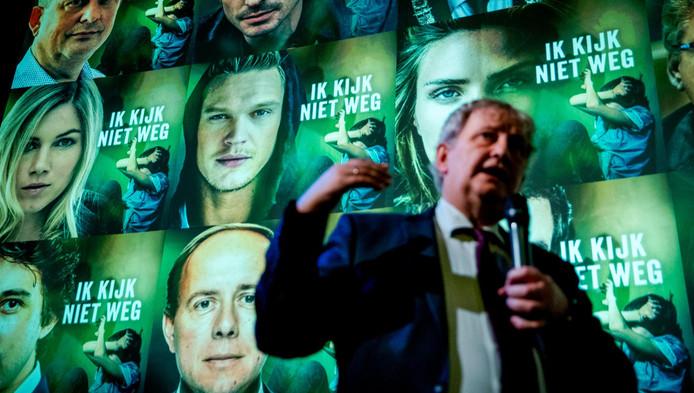 Burgemeester Eberhard van der Laan bij de start van de Week tegen Kindermishandeling.
