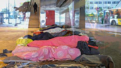 Brussel-Noord blijft station en migrantenkamp in één