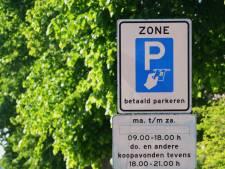 Betaald parkeren voor de deur nu wél populair