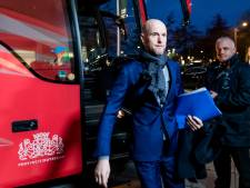 Ajax wil Ten Hag na feestdagen presenteren
