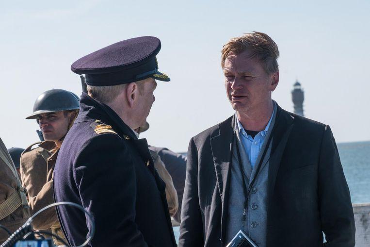 Christopher Nolan op de set van Dunkirk. Beeld