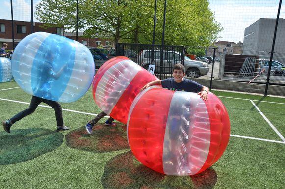 Er is ook bumpervoetbal voorzien.