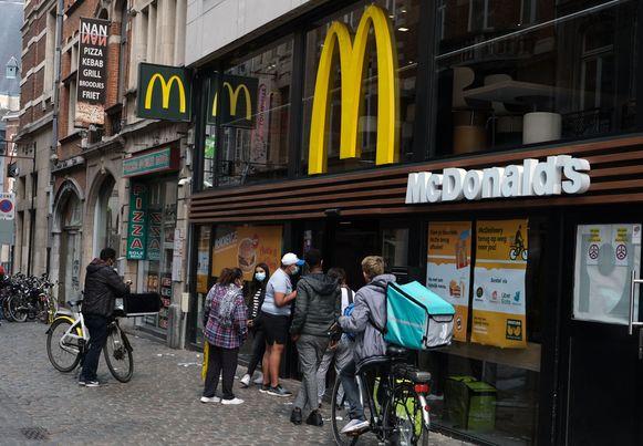 De hamburgerretaurants kregen wel heel wat gegadigden op bezoek.
