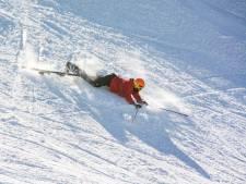 Waarom dit kledingmerk slechte skiërs betaalt om te gaan skiën