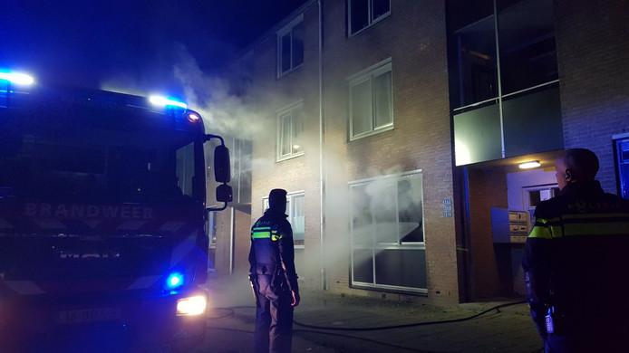 Een appartement aan de Hoogmeer in Wijchen is voorlopig onbewoonbaar nadat er zaterdag een brand woedde.
