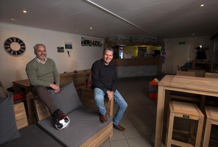 Westendorp-voorzitter Rob Holtslag (links) en trainer Jeroen Tacke.