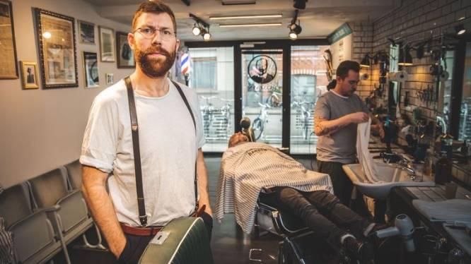Gentse barbier start met online lessen om jezelf thuis de ideale scheerbeurt te geven met een open mes