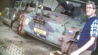 Nederlandse onderzoeksjournalist doet het weer en plaatst nepbom op legerbasis