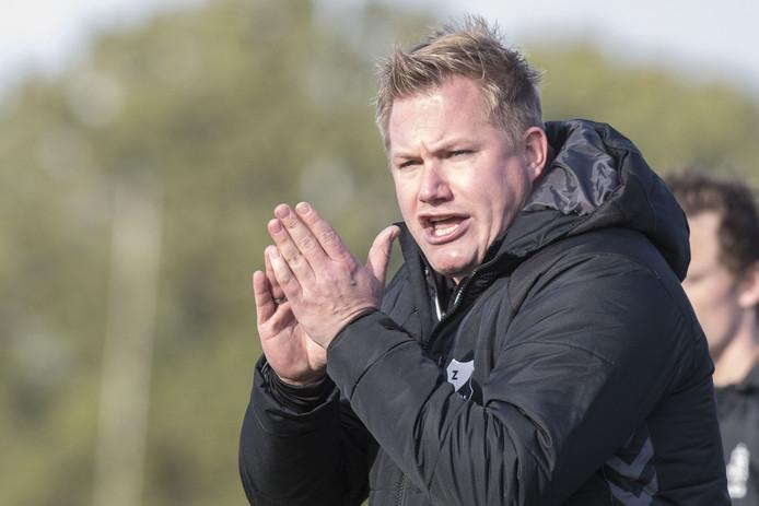 Ruud Ottenhof hoopt met Zenderen Vooruit op handhaving in de vierde klasse A.