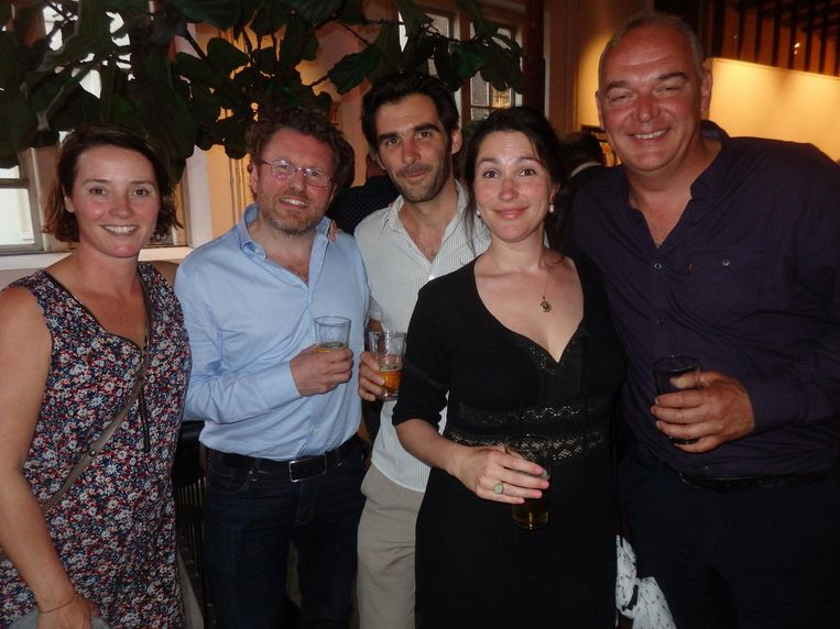 Logtenbergs debatclubje Club11: Maud van de Wiel, Bas Jacobs, Thijs Niemantsverdriet, Marike Simons en Jeroen van Berkel. 'We gingen de wereld verbeteren' Beeld Schuim
