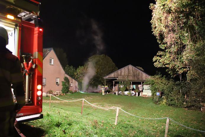 De brandweer in Alphen.