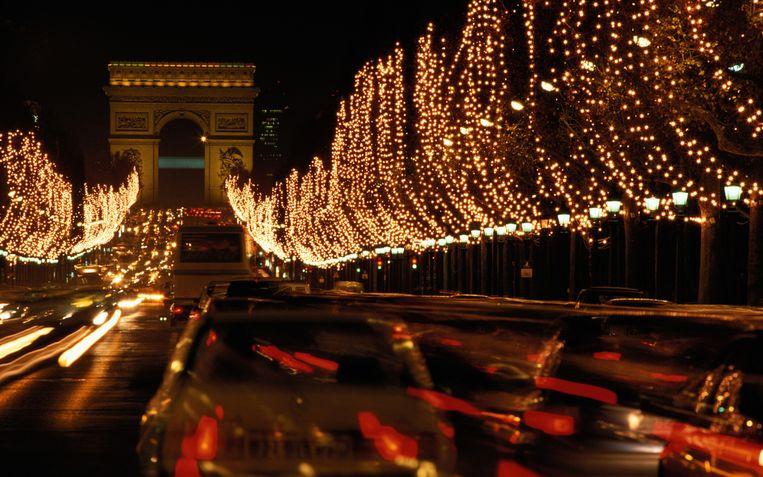 De Champs-Elysées zal enkel nog toegankelijk zijn voor wagens met een zeer lage uitstoot.