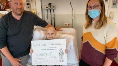 Wout (10) haalde 5.000 euro op met poeperoentjes die hij maakte toen hij met botkanker in het ziekenhuis lag