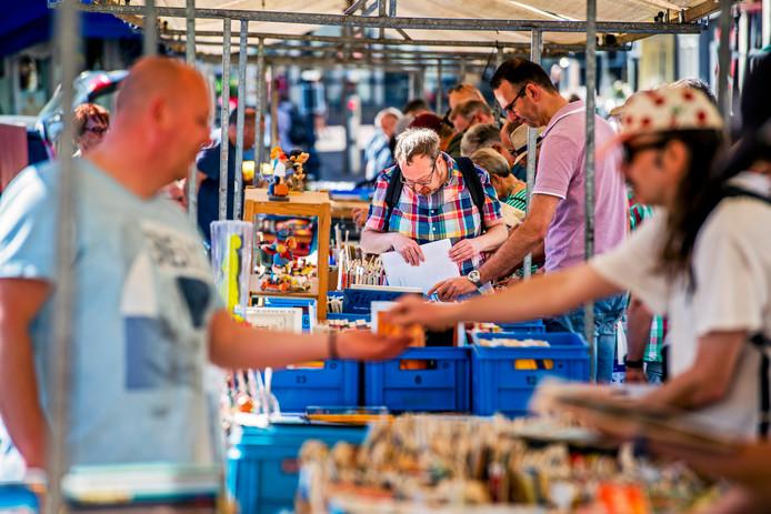 Strips op de markt in Gouda.