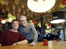 Joris en Dianne Goutziers zeggen café De Kiosk in Loon op Zand vaarwel