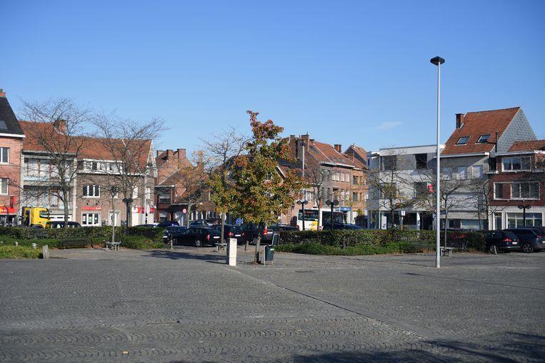 Het Baron August de Becker Remyplein in Kessel-Lo is groot maar biedt amper beleving. Parkeren is ook niet evident meer.