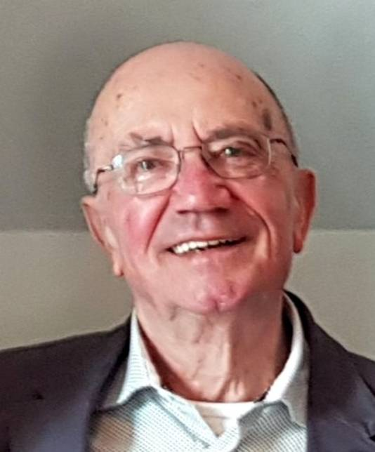 De heer A.J.B. (Ad) van Laarhoven (84), wonende te Tilburg, Lid in de Orde van Oranje-Nassau